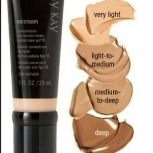 NWOT Very Light CC Cream